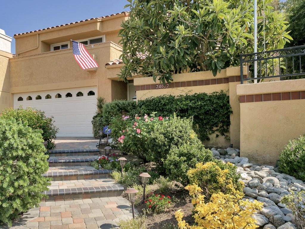 24622 Linda Flora Street, Laguna Hills, CA 92653