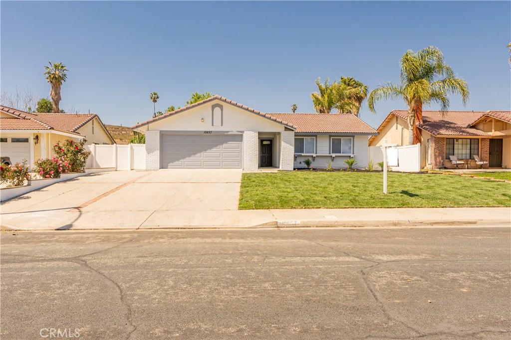 10657     Sagittarius Drive, Riverside CA 92503