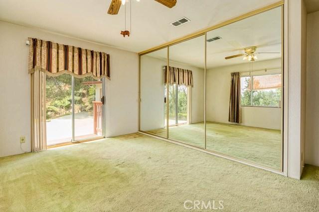 1260 Club House Dr, Pasadena, CA 91105 Photo 14
