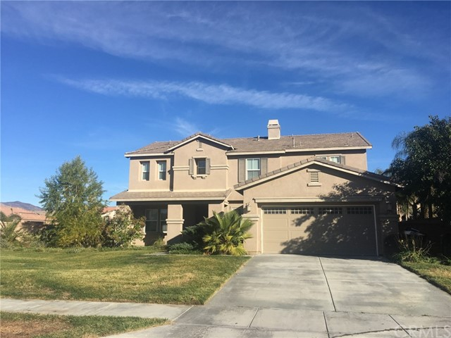 992 Silver Dust Trail, Hemet, CA 92545
