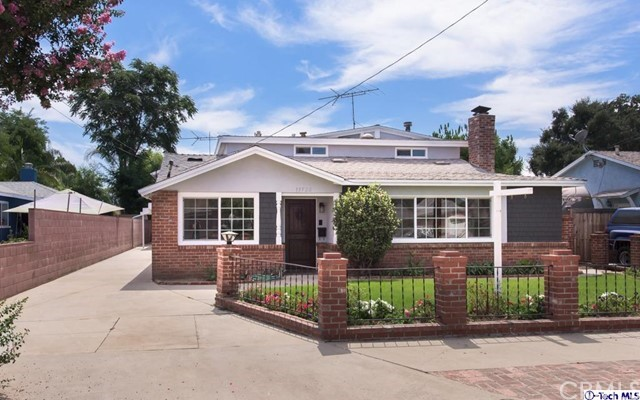 15722 Stare Street, North Hills, CA 91343
