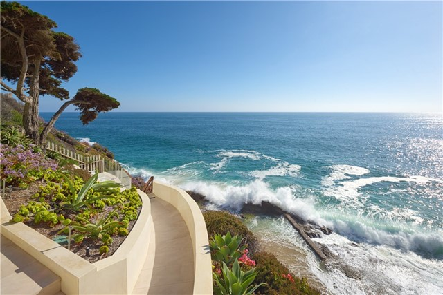 Photo of 58 N La Senda Drive, Laguna Beach, CA 92651