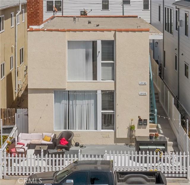 2728 Hermosa Avenue, Hermosa Beach, California 90254, 4 Bedrooms Bedrooms, ,2 BathroomsBathrooms,For Sale,Hermosa,OC21077954
