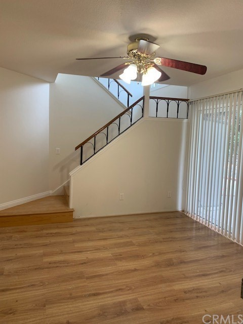 Single Family Home on corner lot.  3 bedrooms with one new remodel full bathroom, kitchen, and living/dining room.  All bedrooms are upstairs. Fresh paint, new laminate floor, new recess lights in all bedrooms.  Quiet park in back with lots of privacy.  Close to all shopping, banks, and Fwy 71.
