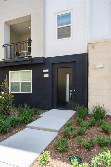 2240 Synergy, Irvine, CA 92614