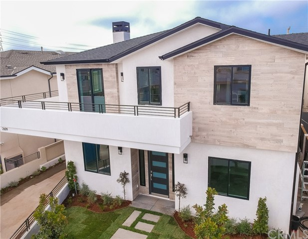 2609 Mathews Avenue, Redondo Beach, California 90278, 4 Bedrooms Bedrooms, ,2 BathroomsBathrooms,Townhouse,For Sale,Mathews,SB19093714