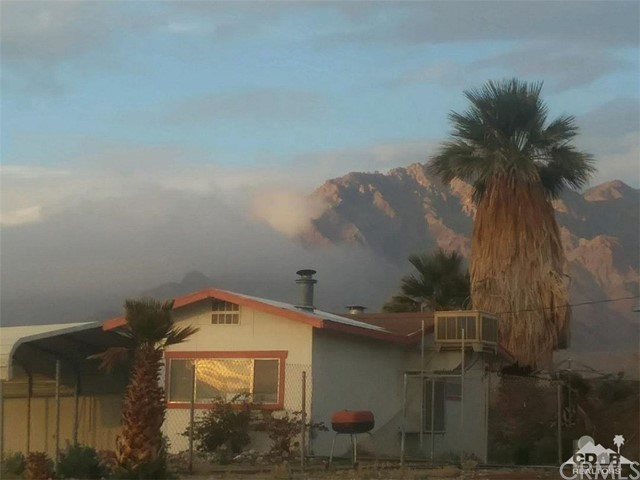 10368 Coachella Canal Road, Niland, CA 92257