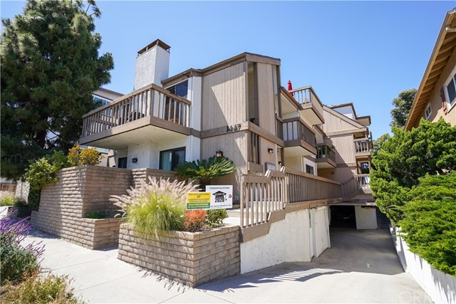 1447 Manhattan Beach Boulevard D, Manhattan Beach, California 90266, 3 Bedrooms Bedrooms, ,2 BathroomsBathrooms,For Sale,Manhattan Beach,SB20092235