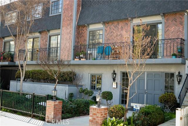 15322 Weddington Street 3, Sherman Oaks, CA 91411