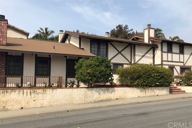 1657 Gates Avenue, Manhattan Beach, California 90266, 4 Bedrooms Bedrooms, ,4 BathroomsBathrooms,For Sale,Gates,SB19063287
