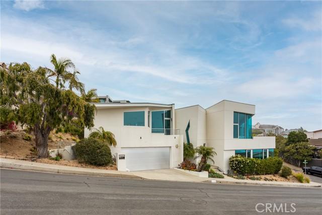 26. 600 LORETTA Drive Laguna Beach, CA 92651