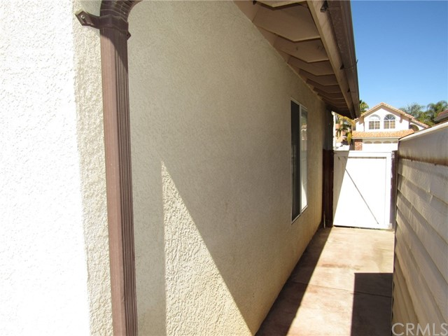30281 Sierra Madre Dr, Temecula, CA 92591 Photo 32