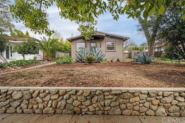 431 W 7th Street, Claremont, CA 91711