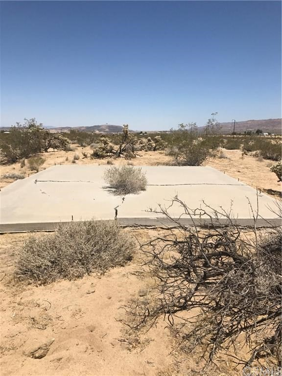 9826 Fobes Road, Morongo Valley, CA 92256