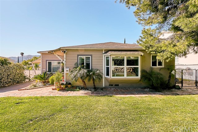 3138 Community Avenue, La Crescenta, CA 91214