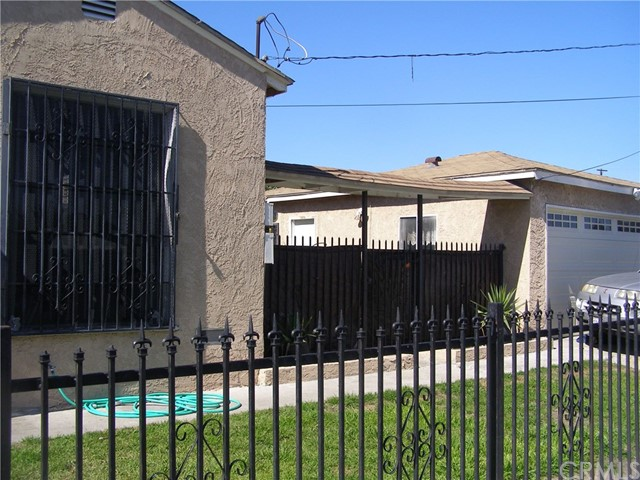 1723 E 113th Street, Los Angeles, CA 90059
