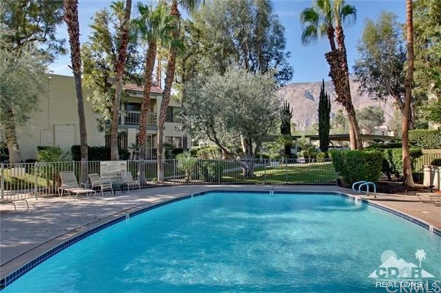 483 E Via Escuela 723, Palm Springs, CA 92262