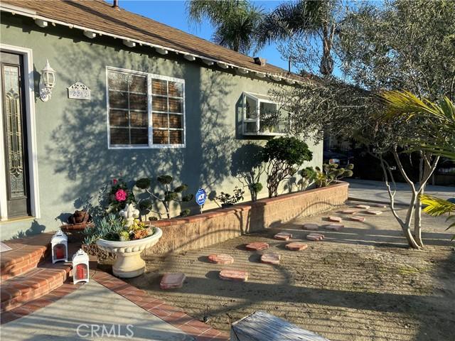 Photo of 2212 N Pannes Avenue, Compton, CA 90221
