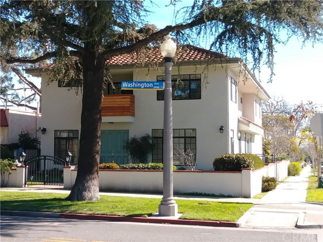 2402 Washington Avenue, Santa Monica, CA 90403