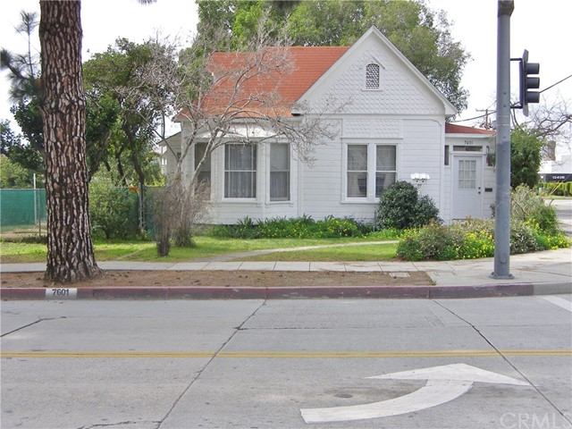 7601 Pickering Avenue, Whittier, CA 90602