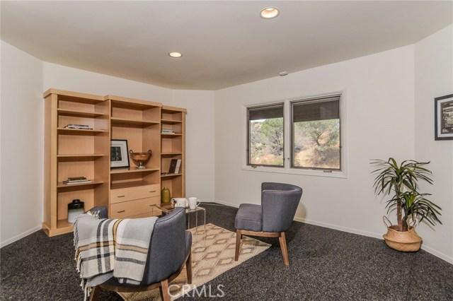 1388 Glen Oaks Bl, Pasadena, CA 91105 Photo 13