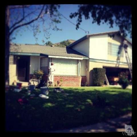 10455 Kurt St, Lakeview Terrace, CA 91342 Photo 3