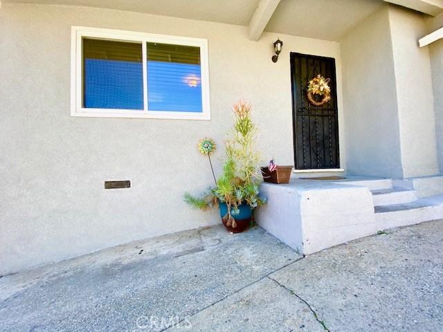 1089 Harris Av, City Terrace, CA 90063 Photo 3