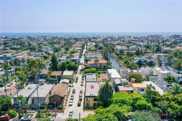 2429 Ocean Avenue, Venice, CA 90291