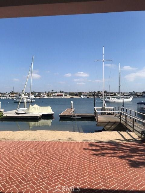 1120 W Bay Avenue, Newport Beach, CA 92661