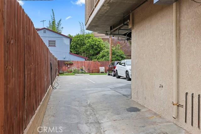 17. 4701 E Anaheim Street #401 Long Beach, CA 90804