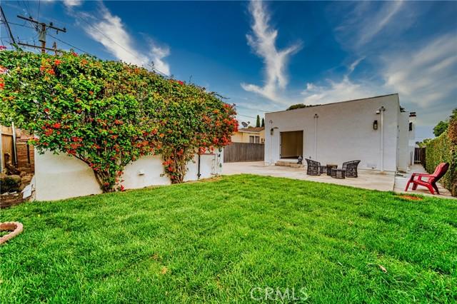 825 Westmont Drive, Alhambra CA: https://media.crmls.org/medias/2b03c2ca-fdd0-407f-96ce-ea1f26d09cc7.jpg