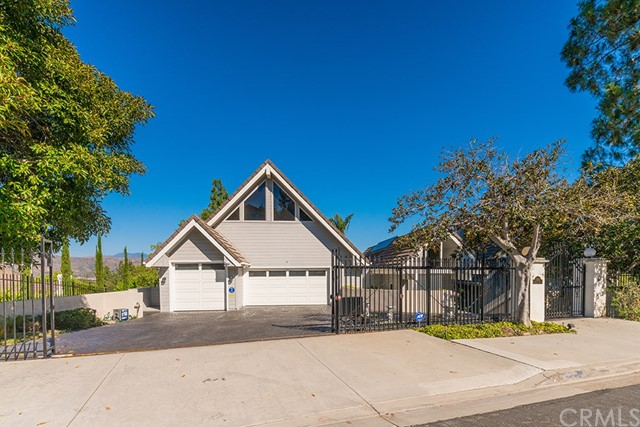 11242 Skyline Drive, North Tustin, CA 92705
