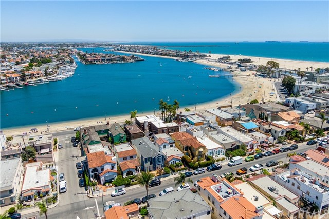 35. 128 Claremont Avenue Long Beach, CA 90803