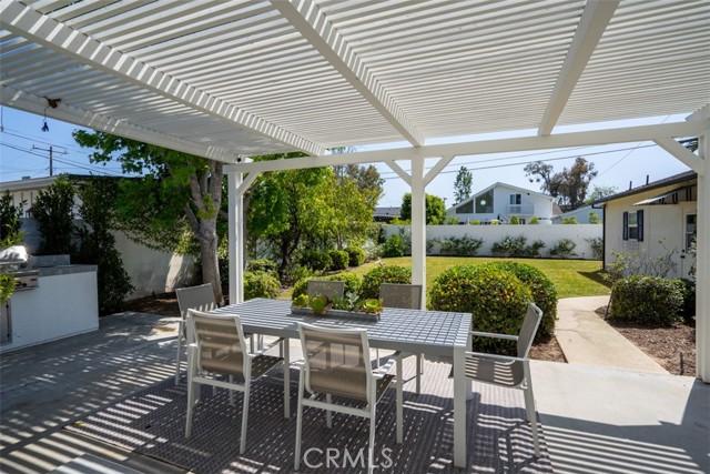Image 18 of 385 E 19th St, Costa Mesa, CA 92627