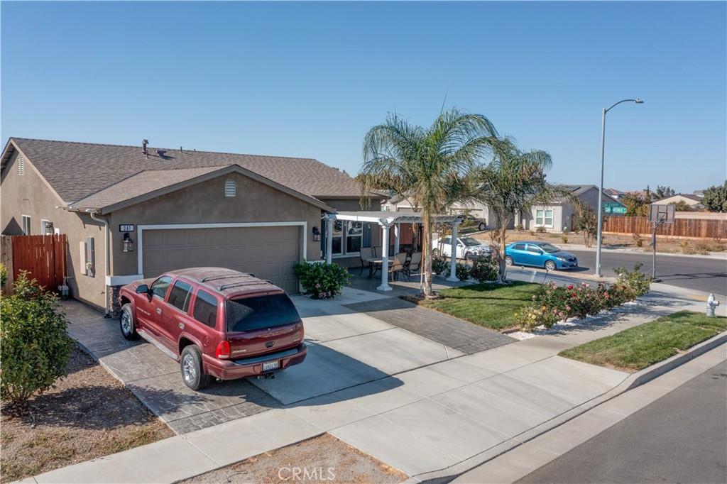 341     San Jeronimo Street, Los Banos CA 93635