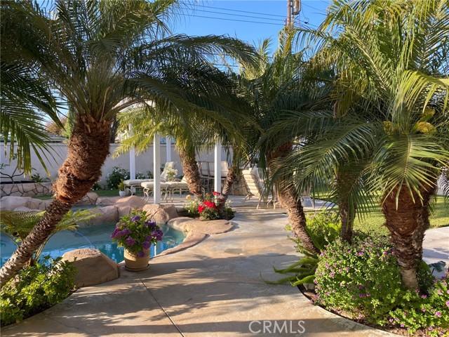 56. 2016 Calvert Avenue Costa Mesa, CA 92626