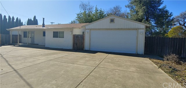 3591 Country Club Drive, Lucerne, CA 95458
