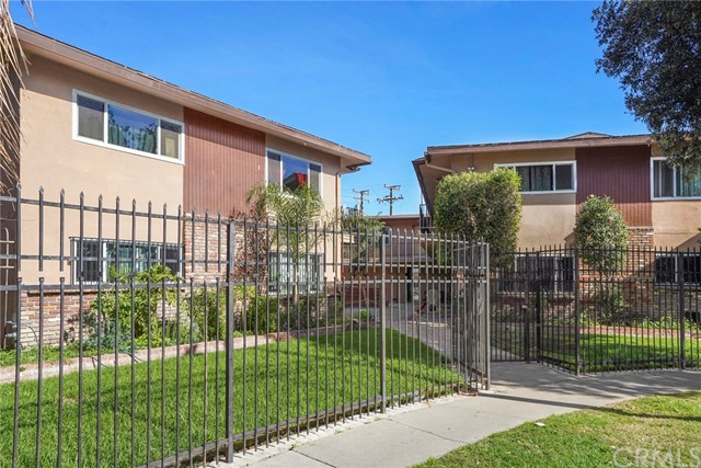 Photo of 1409 W Lingan Lane, Santa Ana, CA 92704