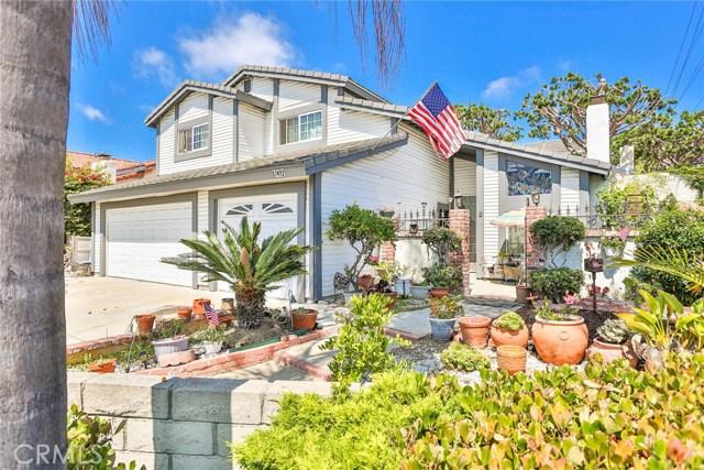 17492 Skyline Lane, Huntington Beach, CA 92647