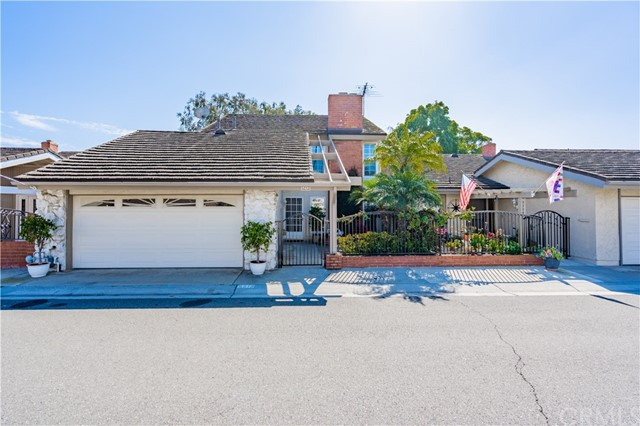 5213 Piccadilly Circle, Westminster, CA 92683