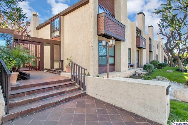 1244 Valley View Road 102, Glendale, CA 91202