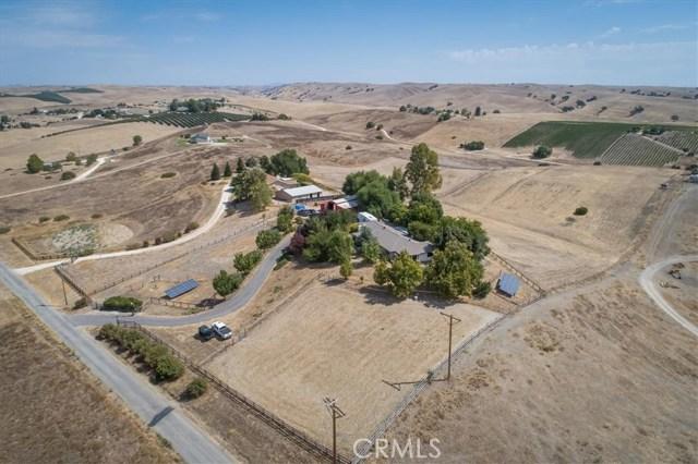 2560 Gray Hawk Way, San Miguel, CA 93451