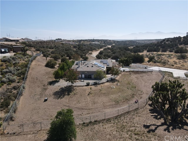 8071 Anaconda Av, Oak Hills, CA 92344 Photo 12