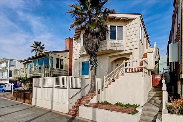 4117 The Strand (aka Ocean Dr) Drive, Manhattan Beach, California 90266, 5 Bedrooms Bedrooms, ,3 BathroomsBathrooms,For Sale,The Strand (aka Ocean Dr),SB20194870