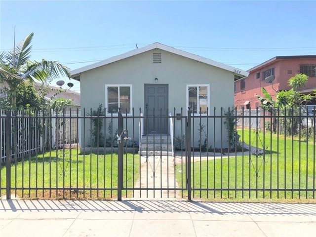 1628 E 85th Street, Los Angeles, CA 90001