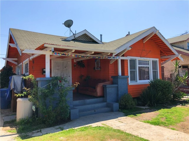 908 W 57th Street, Los Angeles, CA 90037