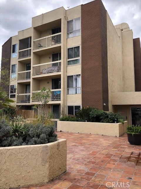 5143 Bakman Avenue 101, Los Angeles, CA 91601