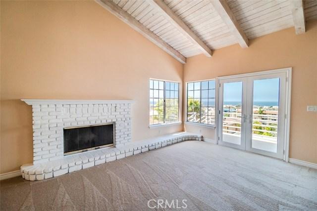 840 18th Street, Hermosa Beach, California 90254, 4 Bedrooms Bedrooms, ,3 BathroomsBathrooms,For Sale,18th,SB18139144