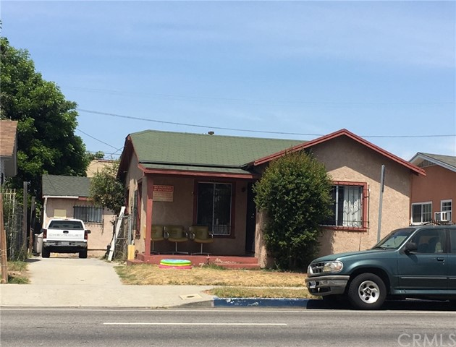 1137 W Gage Avenue, Los Angeles, CA 90044
