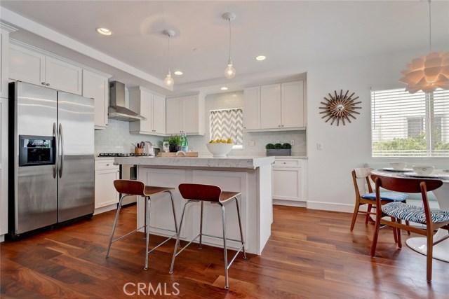 654 4th Street, Hermosa Beach, California 90254, 3 Bedrooms Bedrooms, ,2 BathroomsBathrooms,For Sale,4th,SB18129520